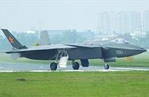 Thiết kế lạ trên J-20 bóc mẽ khả năng sáng tạo hạn chế của TQ