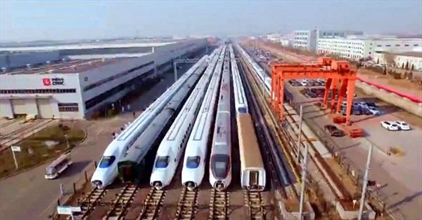Nhà máy đóng tàu cao tốc rộng bằng 248 sân bóng ở Trung Quốc