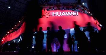 """Google """"dứt tình"""" với Huawei, sẽ ngừng cung cấp Android mới?"""