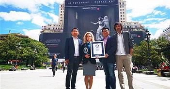 """Huawei đạt kỉ lục Guiness với biển quảng cáo """"quá khổ"""" của chiếc P20"""