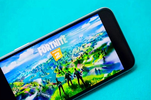 Apple ra 'tối hậu thư' với Epic Games