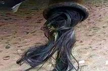 Hết hồn phát hiện dị vật như tóc phụ nữ trong ống bô, thì ra...