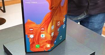 Vì sao điện thoại gập lại sẽ sớm có giá rẻ hơn smartphone cao cấp?