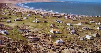 Khám phá ngôi làng kỳ lạ sống thời nguyên thủy ở Uruguay