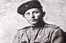 Người anh nuôi Liên Xô khiến lính tăng phát xít Đức khiếp vía