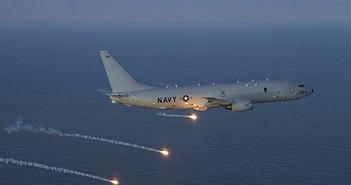 Sức mạnh sát thủ săn ngầm P-8A tuần tra Biển Đông