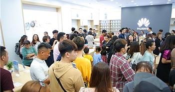 Huawei khai trương cửa hàng thứ 6 tại Việt Nam