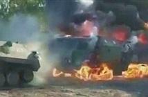 Hãi hùng xe tải quân sự KAMAZ của Nga chìm trong biển lửa
