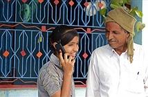 """Ngôi làng cấm phụ nữ sử dụng điện thoại di động để tránh... """"hư hỏng"""""""