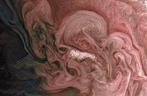 Kỳ thú hình ảnh cơn bão xoáy hình hoa trên sao Mộc
