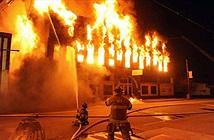 Kỹ năng tránh ngộ độc khí trong đám cháy