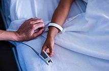 Cái kẹp này là gì mà tại sao nhiều bệnh nhân khi vào viện đều phải đeo nó?