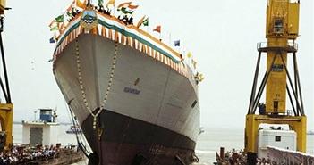 Tàu khu trục Vishakhapatnam của Ấn Độ đáng sợ cỡ nào?