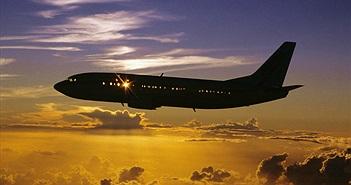 Trái Đất quay từ Tây – Đông, nhưng tại sao máy bay bay về phía Tây lại không nhanh hơn?