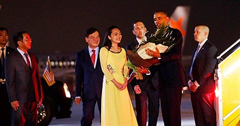 """Xôn xao vì nữ sinh Hà Nội viết facebook khen """"tay Barack Obama ấm lắm"""""""