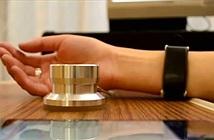 Xuất hiện mẫu thiết bị đeo có thể đo nồng độ cồn qua... da