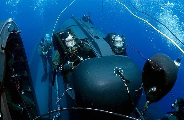 Ngạc nhiên cách biệt kích hải quân các nước ẩn thân dưới đáy biển