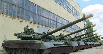 """Cận cảnh quá trình Ukraine """"lột xác"""" xe tăng T-80"""