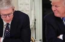 Tổng thống Trump thân thiết với CEO Apple Tim Cook cỡ nào?