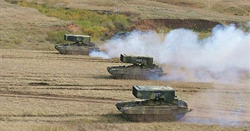 """Pháo phản lực đa nòng TOS-1A: """"Cơn ác mộng"""" của quân khủng bố IS tại Syria"""