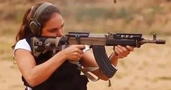 Video: Uy lực súng AK cải tiến mang thiết kế Tây Âu lạ lẫm