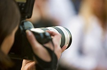 Thợ ảnh chuyên nghiệp phản ứng sao khi được nhờ chụp 'free'?