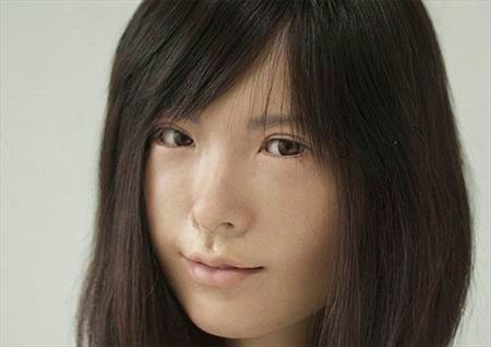 Robot gần như người thật gây sốt ở Nhật