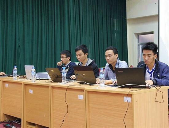 """TP.HCM dẫn đầu cuộc thi """"Sinh viên với An toàn thông tin"""" 2014"""