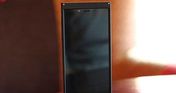 """Smartphone BKAV chưa ra mắt đã bị """"ném đá"""""""