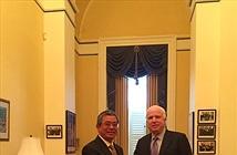 TNS McCain: Thúc đẩy xóa bỏ hoàn toàn lệnh cấm bán vũ khí cho Việt Nam