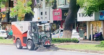 Hà Nội sẽ tiết kiệm 70 tỉ tiền rửa đường mỗi năm