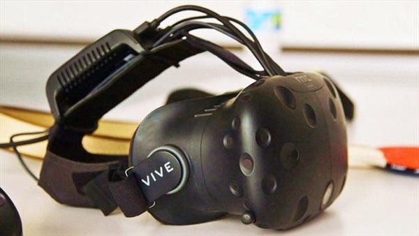 HTC sa thải nhân viên, hợp nhất mảng smartphone và VR