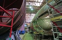 Lộ ảnh tàu ngầm Việt Nam đang đóng