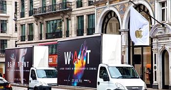 Huawei đậu xe tải trước cửa hàng Samsung và Apple để quảng cáo cho Huawei P20