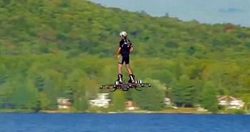 Lập kỷ lục Guinness lướt ván trên không gần 300m