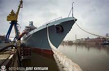 Ngán ngẩm tốc độ đóng chiến hạm Project 22350 của Nga