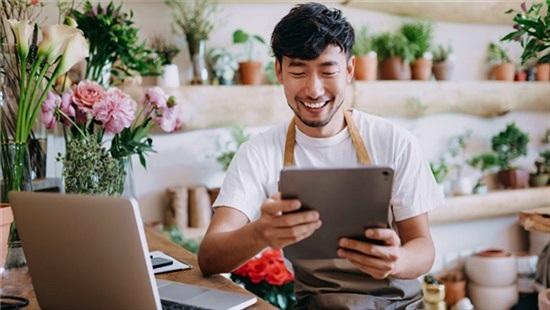 Đại dịch thúc đẩy các nhà bán lẻ Việt Nam tiến vào hành trình chuyển đổi số