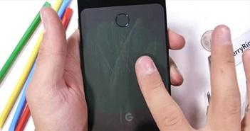 Pixel 3 XL: Đẹp nhưng mong manh dễ vỡ