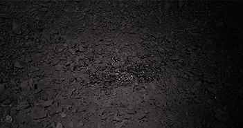 """Trung Quốc tung thêm ảnh """"chất thủy tinh"""" bí ẩn trên Mặt trăng"""