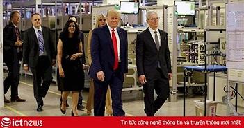 Mấy năm trước còn kêu gọi tẩy chay Apple, bây giờ Tổng thống Trump đã thân tới mức đặt biệt danh cho Tim Cook