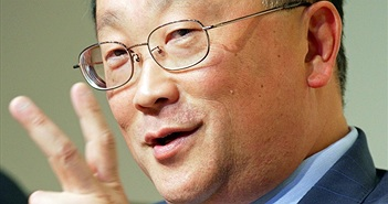 """John Chen""""qua mặt""""Tim Cook để trở thành CEO của năm?"""