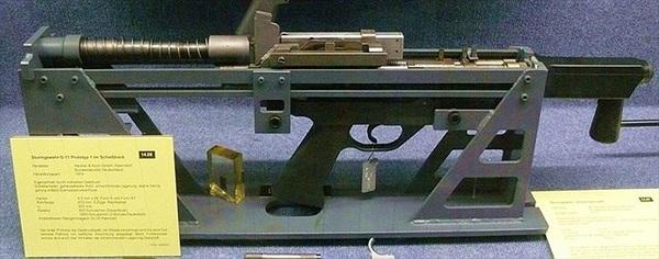 H&K G11 - Súng trường bắn đạn không vỏ đầu tiên trên thế giới