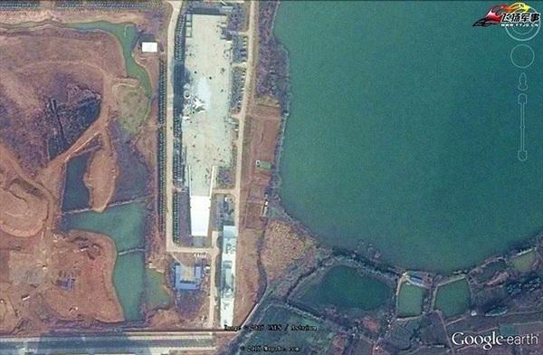 Lộ diện tàu sân bay trên cạn cực lớn của Trung Quốc