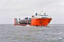 Quy trình vận chuyển tàu ngầm khổng lồ gần Bắc Cực
