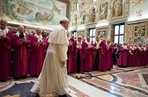 Giáo hoàng Francis kêu gọi từ bỏ thiết bị công nghệ để trò chuyện thực sự