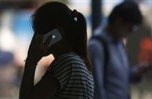 Edward Snowden: Trên iPhone có phần mềm gián điệp bí mật