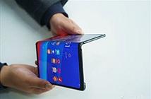 Oppo bất ngờ trình diễn smartphone màn hình gập tương tự Mate X
