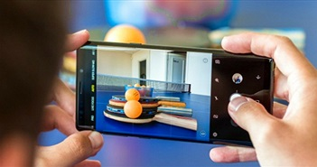 Mổ xẻ camera sau kép của Galaxy Note 9: Khó tìm nhược điểm