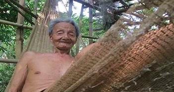 """Những """"dị nhân"""" quyết chỉ sống trên cây suốt đời"""