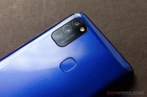 Samsung Galaxy F12 giá rẻ sắp lên kệ